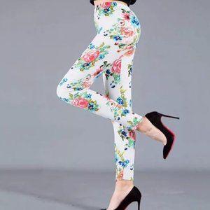 White Floral Print Legging